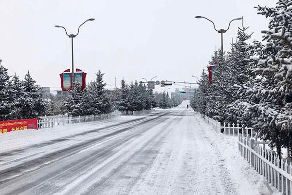 强冷空气来袭 明天起中东部再现雨雪