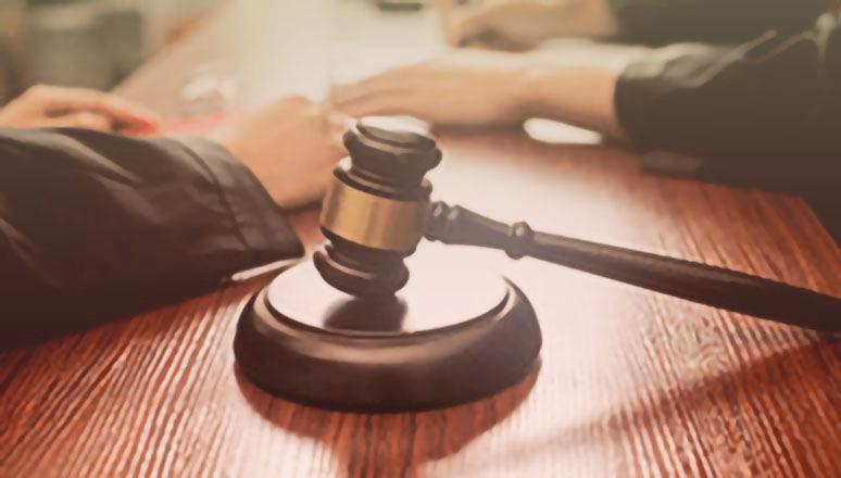 劳动仲裁请律师要多少钱?员工有没有免费的法律援助
