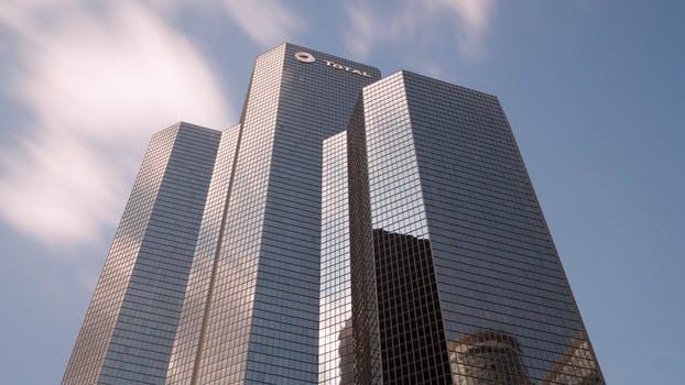 公司股权转让的方式有哪些?公司股权转让中需要注意哪些细节?