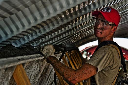 劳动关系和劳务关系有什么不同,区分的意义是什么?