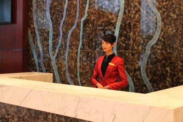 中小酒店前台标准化服务流程36项—房卡补办