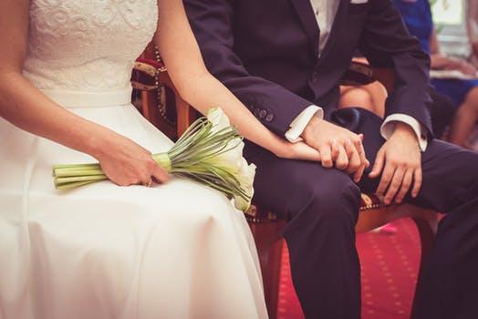 非婚生子女抚养权归谁?非婚生子女抚养费起诉流程是什么?