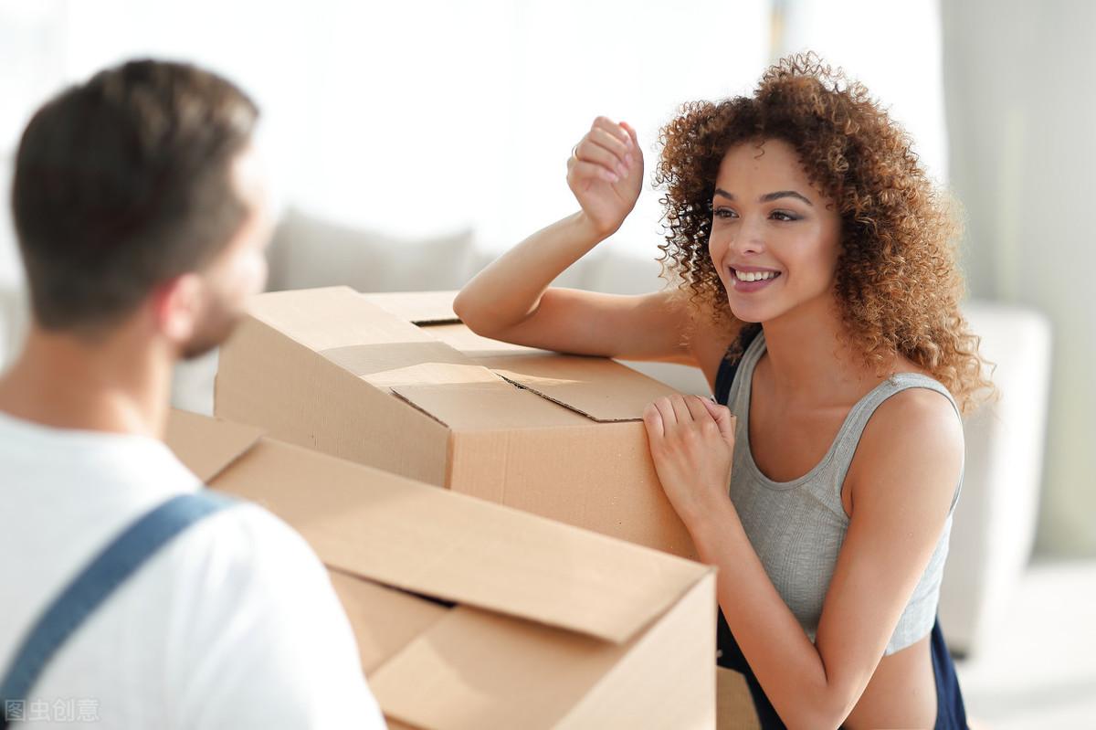 老公出轨,离婚时她获赔50000元,只因用了这一招