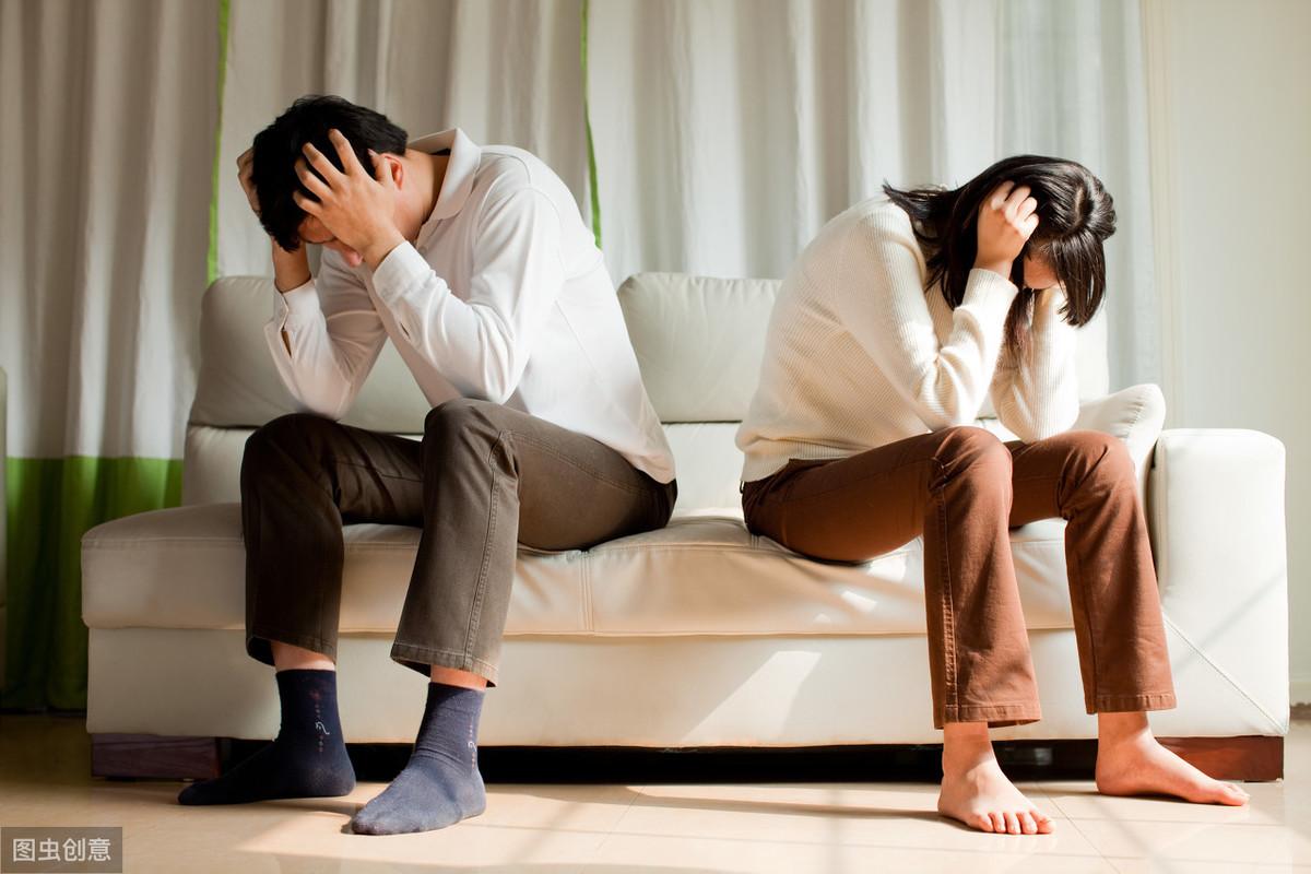 离婚财产纠纷律师收费的标准是多少