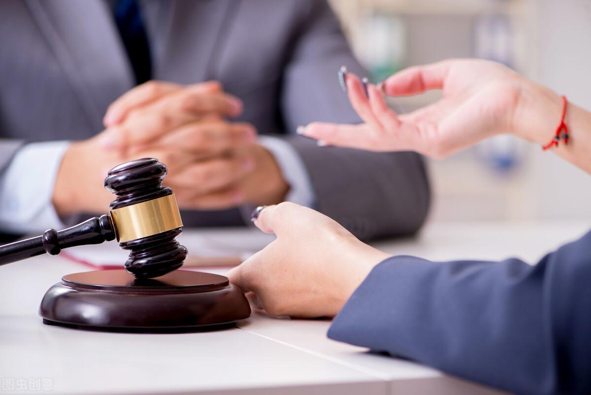 请律师费用一般是多少?取费标准由下面几个方面来确定