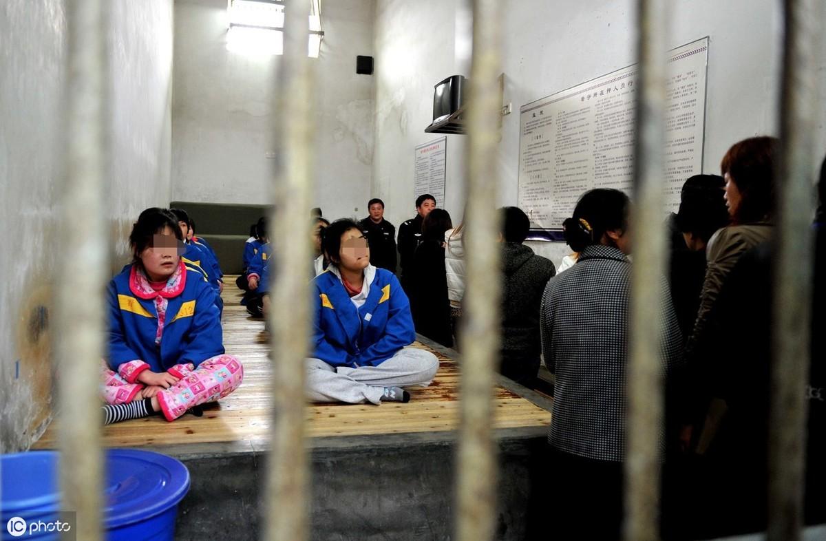 关押在拘留所家属可以探视吗?不能探视的话该怎么办?