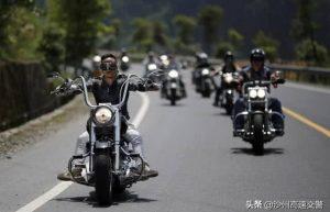摩托车如何上高速,提前知道这几件事,放心大胆上